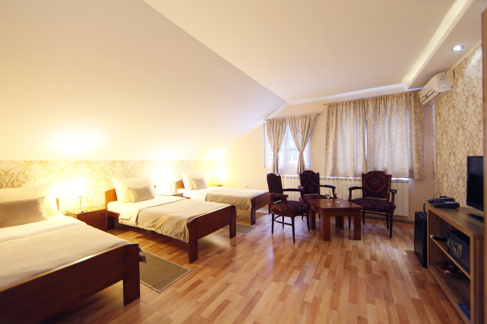 Room 4 | Accommodation, Konak Mikan Belgrade